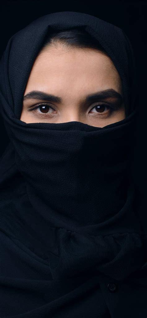 woman  black top  headdress iphone  wallpaper