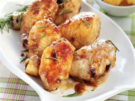 tavuk sosu 300x225 tavuk sosu soya soslu fırında tavuk tarifi nasıl yapılır
