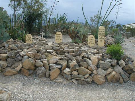 4 14 tombstone arizona catspause2012