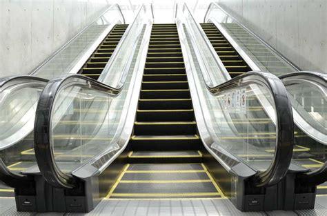 Tulsa Elevator and Escalator Injury Attorney (918) 631 7181