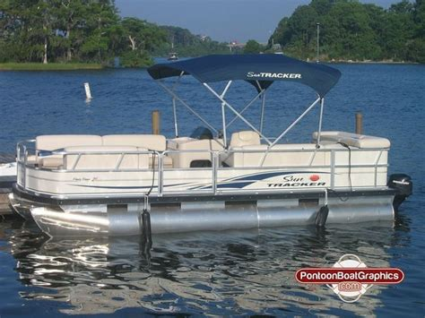pontoon boat stripe decals 17 best images about striping pontoon boat striping on