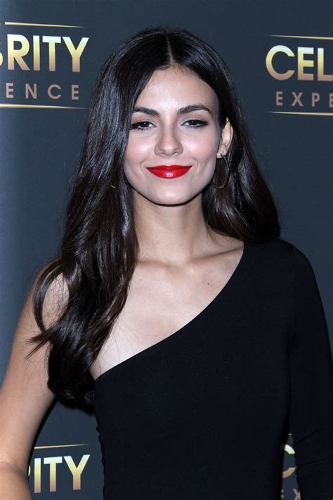 victoria justice celeb victoria justice at the celebrity experience with victoria