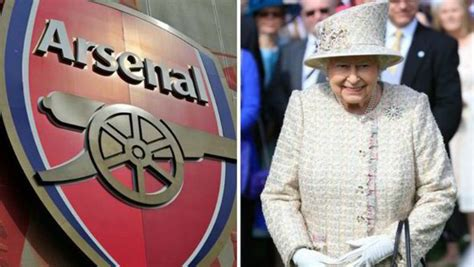 arsenal queen queen elizabeth ii is reportedly an arsenal fan