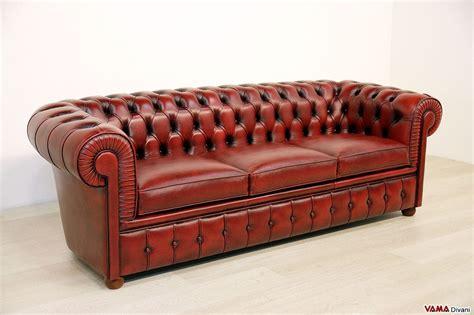 divano chesterfield rosso divano chesterfield 3 posti vama divani