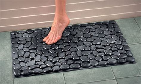 bathroom mat ideas fun with river rocks tutorial and bonus ideas