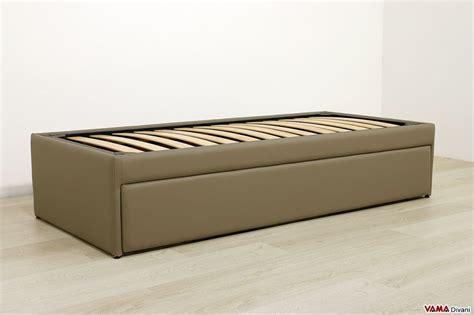 letto singolo con materasso doppio letto singolo estraibile a scomparsa con reti a doghe