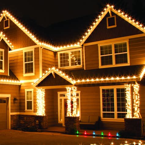 Lu Lu Natal Led White d 233 co no 235 l guirlande lumineuse ext 233 rieur et sapins
