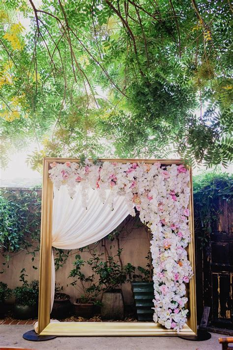 Wedding Arch Photo Booth by 1000 Images About Wedding Ceremony Decor On