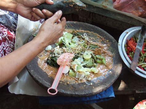 aldina rahmadhani  makanan indonesia  mendunia