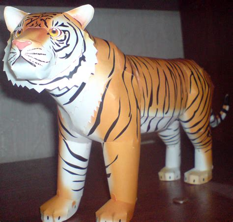 Tiger Papercraft - tiger papercraft 1 by moonfishz on deviantart