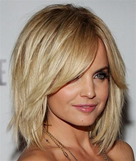 layered lob hairstyles cute layered lob hairstyle styles weekly
