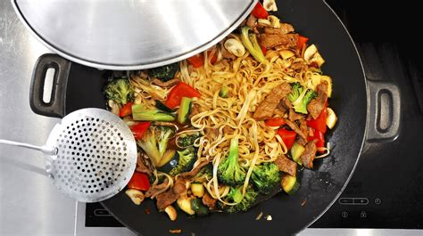 7 healthy cooking methods you should master