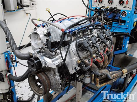 Painting 5 3 Engine by 5 3l Lm7 Engine Build Lucas 5w30 Truckin Magazine