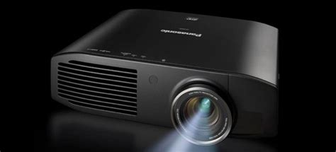 Proyektor Panasonic Pt Ae8000u Panasonic Pt Ae8000u Projector Touts Brighter Smoother 3d