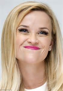 film actress blonde hair reese witherspoon looks feminine during photocall for wild