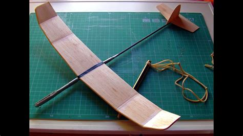 How To Make A Glider Out Of Paper - how to make a great catapult balsa glider