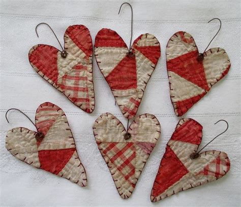 Patchwork Decorations To Make - 25 best ideas about ornament on felt