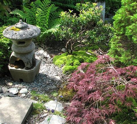 yard decorations ideas 18 relaxing japanese inspired front yard d 233 cor ideas