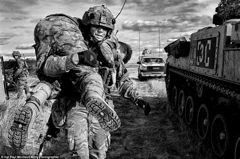 photographing the fallen a war photographer on the stunning images of attack helicopters tanks and soldiers