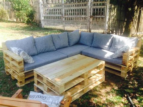 Pallet Garden Furniture Ideas Garden Furniture Made From Pallets Pallet Idea