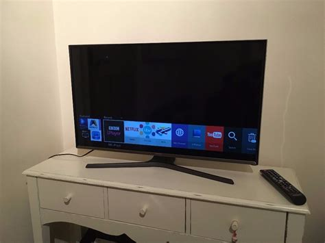 Samsung Tv Led 32 Inch Ua32h5150 samsung smart tv 32 inch j5600 flat hd smart led tv in chapel allerton west