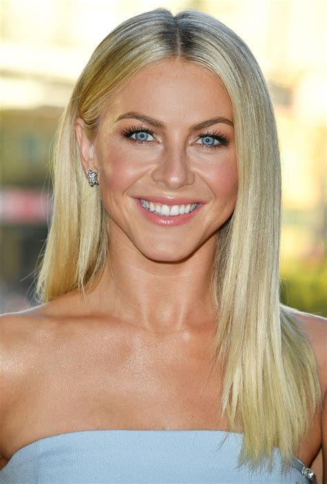 how does julienne hough style her hair julianne hough hair knot beauty red carpets looks 2016