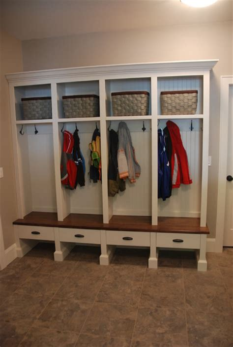 Mud rooms   Traditional   Laundry Room   Vancouver   by Out Of Line Designs Inc