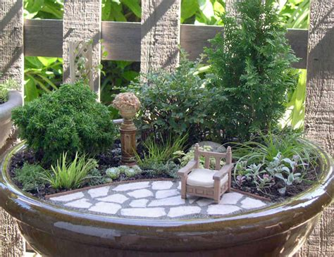 Mini Garden by More From The Miniature Garden Archives The Mini Garden Guru From Twogreenthumbs