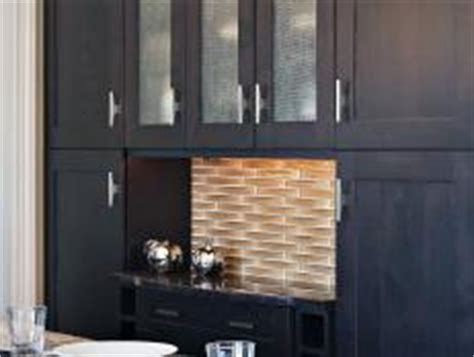 classic kitchen with glass self adhesive tile backsplash self adhesive backsplash tiles hgtv