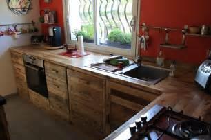 Beautiful Fabriquer Un Comptoir De Cuisine En Bois #9: Meuble-en-palette-cuisine-02.jpg