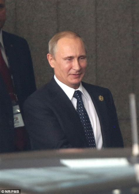 short vladimir putin pictures vladimir putin leaves g20 early after tense talks over
