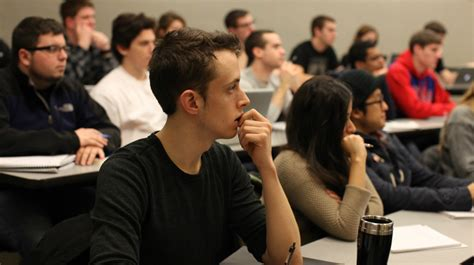 Quinlan School Of Business Mba by Bba In International Business Quinlan School Of Business