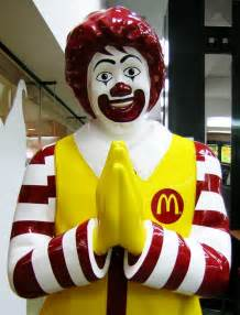 ronald donald the 20 most terrifying pictures of ronald mcdonald ever