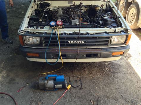 Thermostat R132 tenth rebuilding the cab a c system on a 1987 toyota