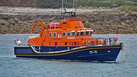 boat life lifeboat called to french vessel scilly today