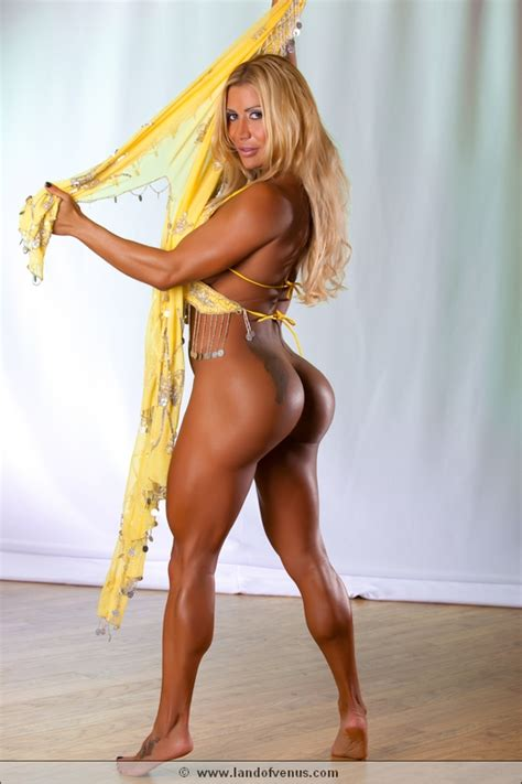 Flavia Crisos Nude Female Bodybuilder