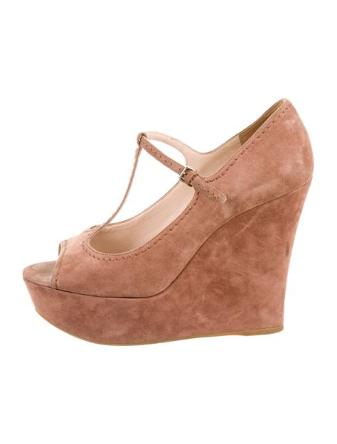 peep toe sneaker wedges miu miu peep toe wedges shoes miu32348 the realreal