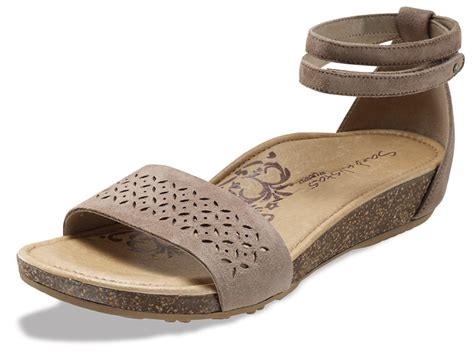 what are the most comfortable sandals the most comfortable shoes for national walk to work day