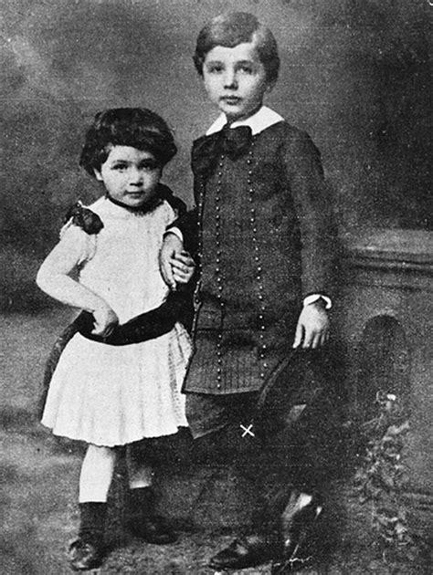 biography of albert einstein as a child scientist albert einstein rare childhood pics mere pix