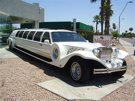 roll royce limousine largest fleet in arizona limos party buses executive