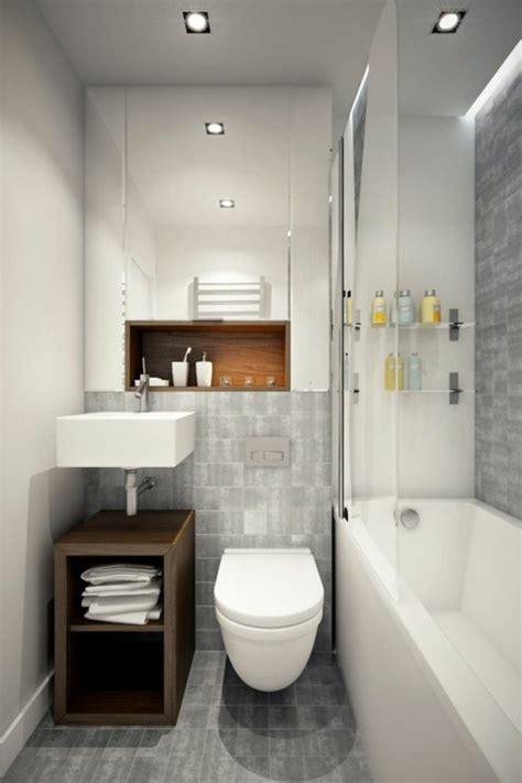 Supérieur Salle De Bain 4m2 Avec Baignoire #1: salle-de-bain-grise-baignoire-blanche-carrelage-gris-meuble-en-bois-foncé.jpg