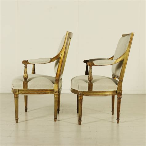 poltrone in stile poltrone dorate in stile neoclassico mobili in stile