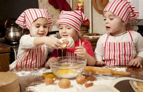 kindergarten kuchen backen pizzabacken mit kindern inklusive reichhaltigem buffet auf
