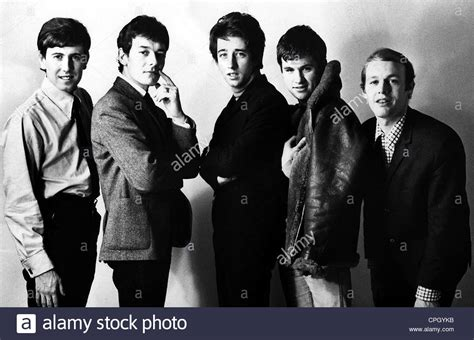 pop groups hollies the british pop group founded 1962 group