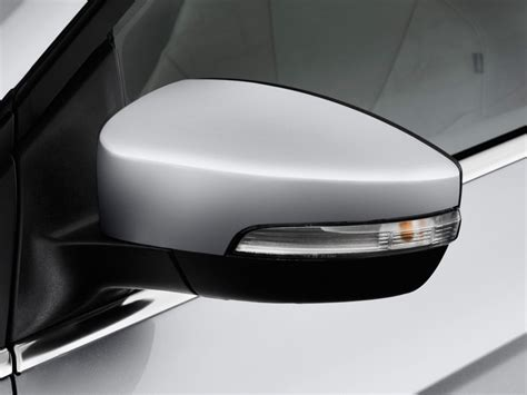 image  ford focus electric dr hb mirror size