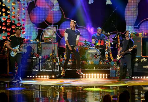 coldplay vs maroon 5 coldplay maroon 5 and adele will headline super bowl 50