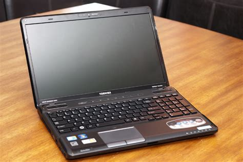 toshiba satellite a665 15 6 quot i3 2 4ghz laptop pc w 500gb 4gb hdmi windows7 ebay