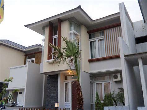 warna cat  bagus  dinding depan rumah desain