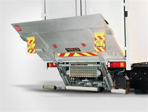 pedane da corsa re all pedane caricatrici idrauliche per camion