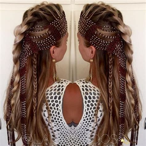 Half Pinned Hairstyles by Curly Hairstyles Half Pinned Up Big